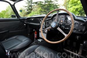 цвет Астон Мартин DB5 1965. Кликните для просмотра фото автомобиля большего размера.