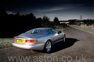 фото Астон Мартин Db7 GT 2003. Кликните для просмотра фото автомобиля большего размера.