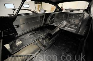 фотография Астон Мартин DB6 MK1 1967. Кликните для просмотра фото автомобиля большего размера.