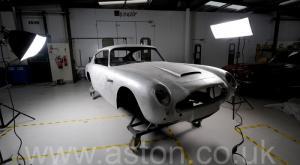 фото Астон Мартин DB6 MK1 1967. Кликните для просмотра фото автомобиля большего размера.