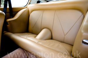 салон Астон Мартин DB6 MK1 1967. Кликните для просмотра фото автомобиля большего размера.