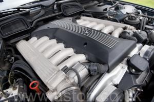 фотографии BMW 750iL V12 1998. Кликните для просмотра фото автомобиля большего размера.